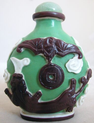 Chinese Carved 3 Color Peking Glass & Jade Snuff Bottle ~ BAT & Chilong DRAGON