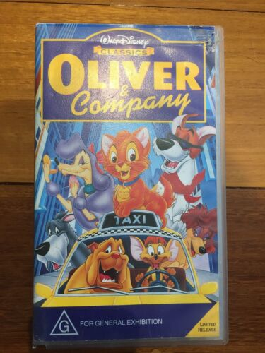 VHS Walt Disney Classics Video Cassette OLIVER and COMPANY PAL Limited Release