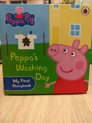 Peppa Pig: Peppa's Washing Day: My First Storybook By Ladybird