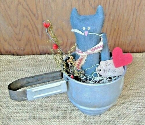Vintage Kitchen Sifter Primitive Decor ~ Black Kitty w/ Big Heart Prim Tag