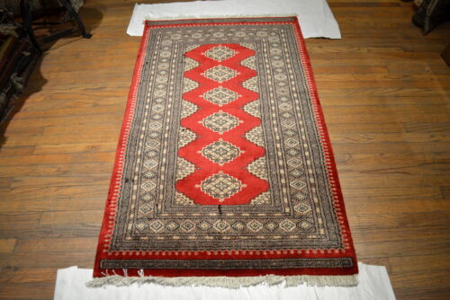 """Crafters&Weavers Oriental rug Bokhara rug size 3' 1  x 5' 1""""  #2663"""