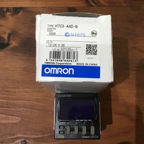 Omron H7CX-A4D-N Counter 12- 24 V  DC