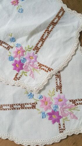 2 VINTAGE HAND EMBROIDERED  WHITE LINEN FLORAL DOILIES PINKS W PINK BOW