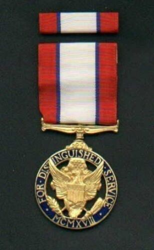 Army Distinguished Service medal with ribbon bar USA Made   DSMOther Militaria - 135