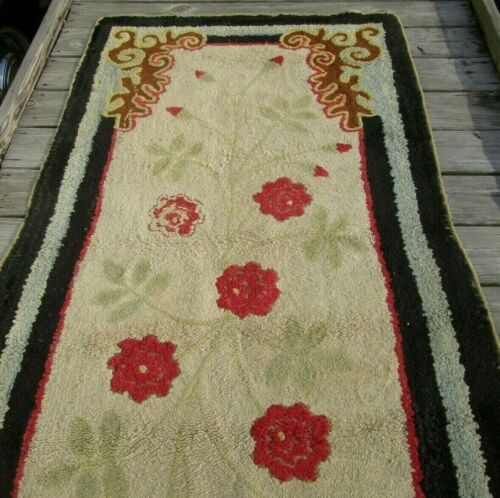 FINE EARLY AMERICAN ANTIQUE LONG HOOKED RUG MY PERSONAL COLLECTION ! 36 x 76