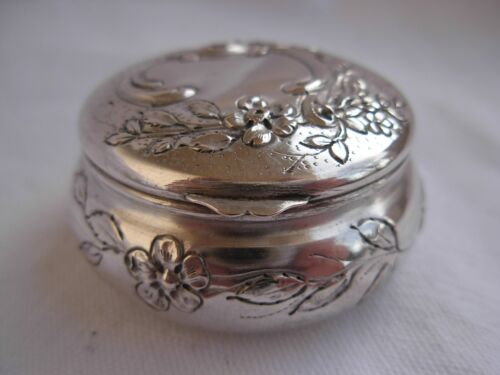 ANTIQUE FRENCH SOLID SILVER PILL BOX,PENDANT,LATE 19th CENTURY,