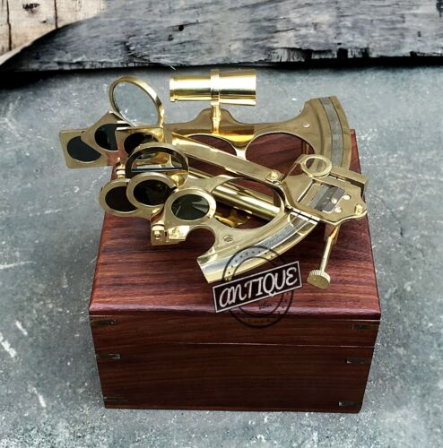 Vintage Solid brass Nautical Working Astrlebe Sextant w Box Wooden Antique
