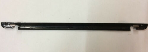 Genuine Toshiba Satellite P840 LCD Front Bottom line Bezel