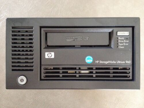 HP StorageWorks Ultrium 960 External SCSI Tape Drive + SCSI Card + Software