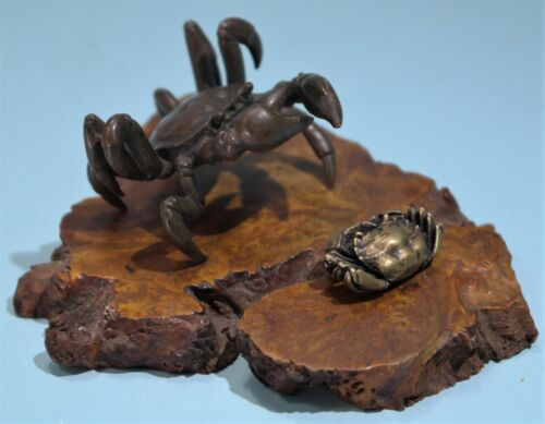 Japanese Patinated Bronze & Gilt Bronze Two Models Of Crabs Wooden Plinth