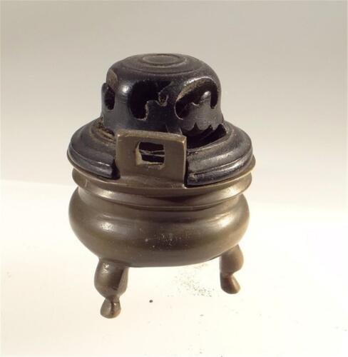 CHINESE BRONZE CENSER Pot CARVED LID 19TH CENTURY