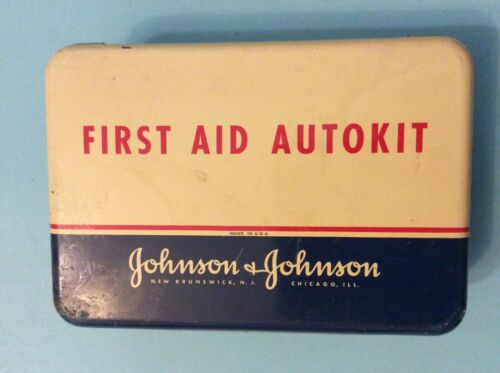 VINTAGE JOHNSON & JOHNSON FIRST AID AUTOKIT