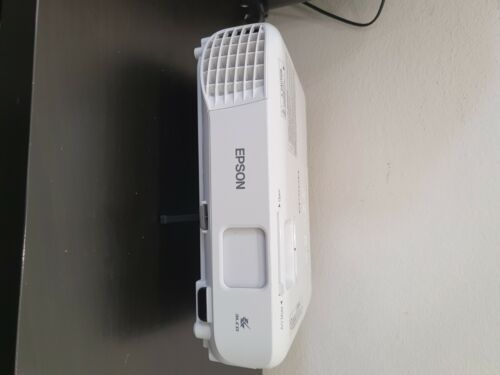 Epsom EB S - 140 Portable Projector