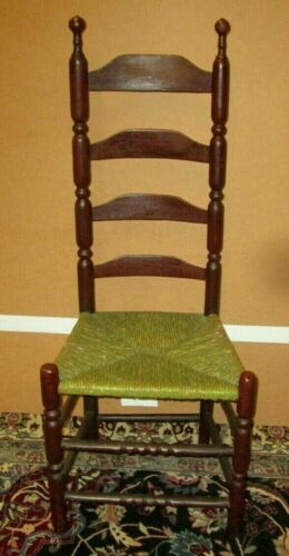 ANTIQUE AMERICAN LADDER BACK CHAIR IN RED / BROWN PAINT W/ RUSH SEAT CIRCA 1750