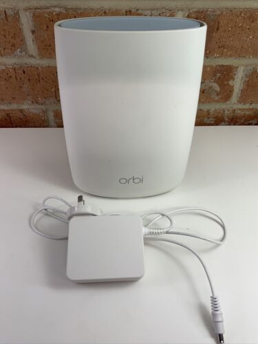 Netgear Orbi RBR50 Router + Power Supply - used, good condition, working