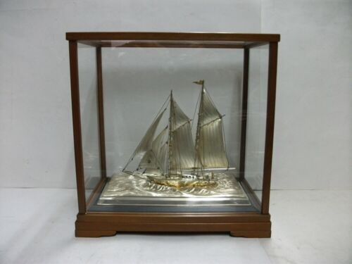 The sailboat of Sterling Silver of Japan. 2masts.#102g/ 3.59oz. Japanese antique