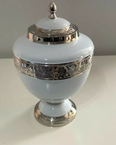 CREMATION URN ADULT - WHITE AND NICKEL URN