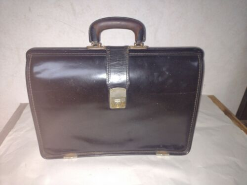 Black leather Gladstone / doctors bag by Cheney  made in England