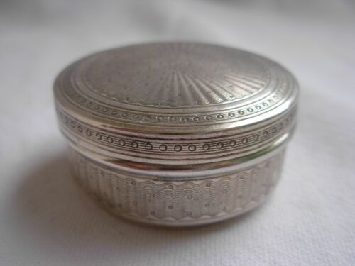 ANTIQUE FRENCH STERLING SILVER PILL OR POWDER BOX,EARLY 20th CENTURY,