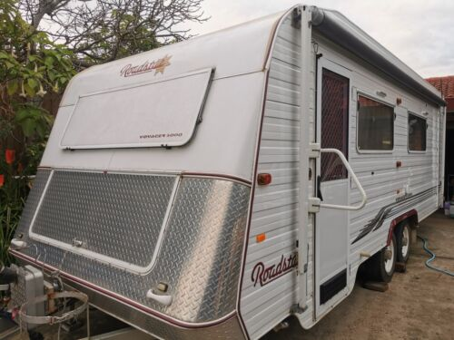 2013 Aussiewide Bunderr Off Road with Solar, Ensuite and12V lights Set up