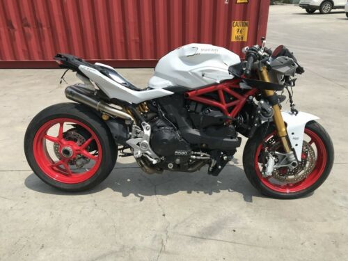 DUCATI S4 916 MONSTER 05/2001 MODEL 6648KMS CLEAR PROJECT MAKE AN OFFER