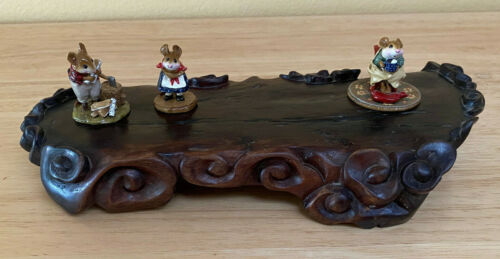 Intricately Carved Rose Wood Display Stand (Great to display collectible items!)