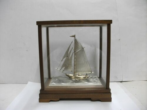 The sailboat of 960 Sterling Silver of Japan. #40g/ 1.41oz. TAKEHIKO's work