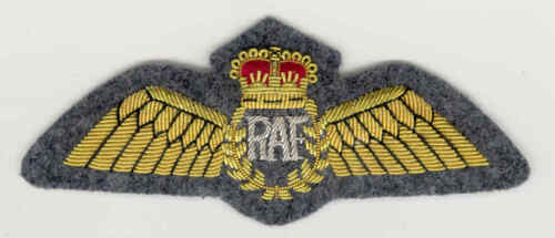 Post 1952 RAF Mess Dress Pilot Wing - Padded variant Queens Crown