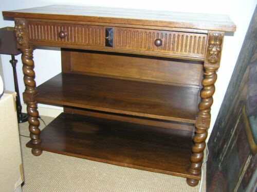 ANTIQUE ART DECO OAK DINING CHEST WITH BARLEY TWISTED LEGS AND LION HEADS