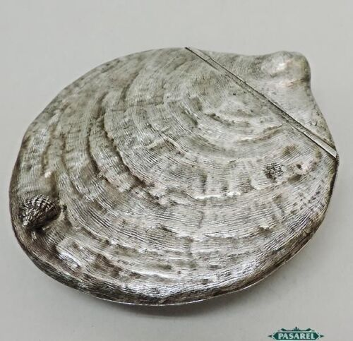 Novelty Vintage English Silver Plated Clam Shell Shape Serving Dish