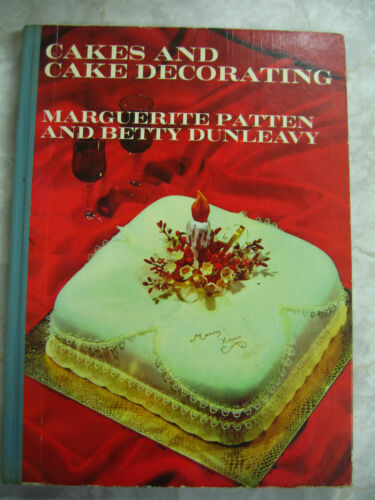 2x Vintage Cakes & Cake Decorating Marguerite Patten Betty Dunleavy 1968 hc A91