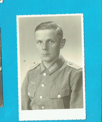 #H4.   WWII POSTCARD  OF GERMAN SOLDIER1939 - 1945 (WWII) - 13977
