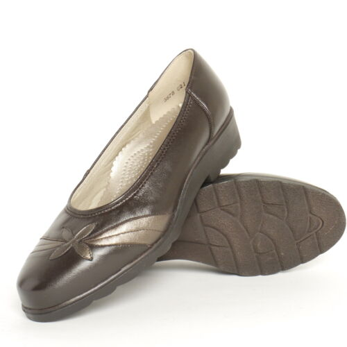Ladies Equity Blenheim Brown/Gold Leather Court Shoe EE Fitting Leather Black
