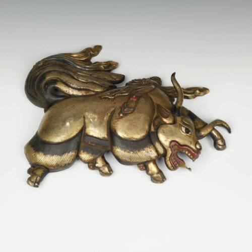 ANTIQUE PLAQUE (LEFT) YAK REPOUSSE GILDED COPPER WITH PAINT NEPAL LATE 19TH C.