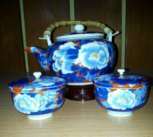 Fukagawa Handpainted Tea Pot with Two Pieces Covered Tea Cup Set