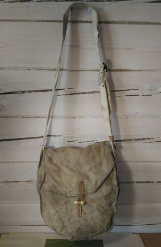 Soviet army DP27  Pouch for three DP 27 disk magazine Wooden buttons 1965 Other Militaria - 135