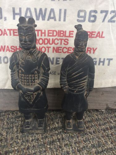 2 Chinese figurines. Black/grey chalk pottery. Vintage, Chinese markings on base