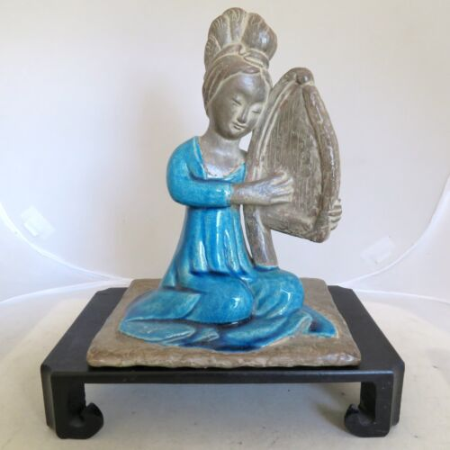 "8.75"" Chinese Clay Pottery Lady Musician Blue Crackle Glaze Statue & Wood Stand"