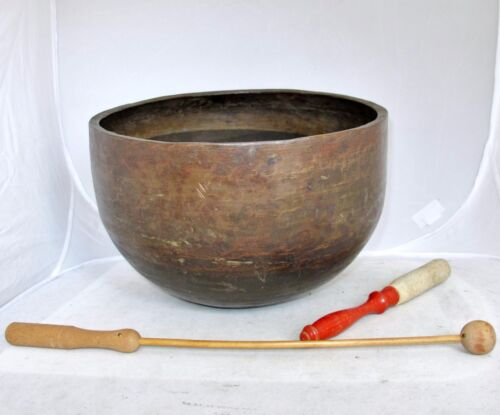 "BIG 11"" Antique Tibet / Tibetan or Japanese Hand Hammered Metal Singing Bowl"