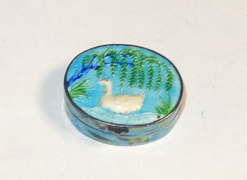 CHINESE DOVE DESIGN STERLING SILVER CLOISONNE ENAMEL PILL SNUFF JAR BOX