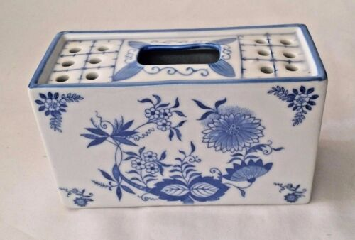 Antique Post 1940 Chinese Porcelain Censer Incense Burner Blue White Marked