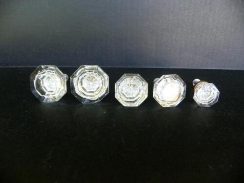 5 Vintage CLEAR CRYSTAL W/ STAR, BRASS BASE Glass Cabinet Knobs Pulls Drawer