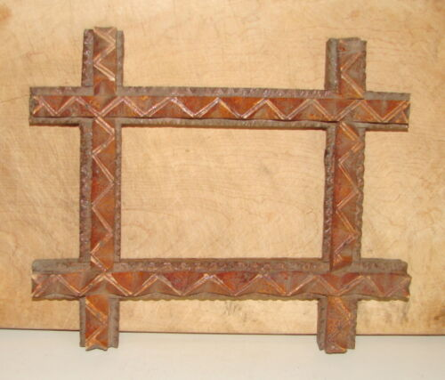 """ANTIQUE HAND MADE WALNUT TRAMP ART PICTURE FRAME-INSIDE OPENING 5"""" BY 3 3/8"""""""