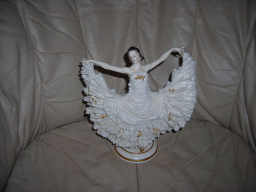 GORGEOUS ANTIQUE DANGING BALLERINA DRESDEN FIGURINE 9X8X4