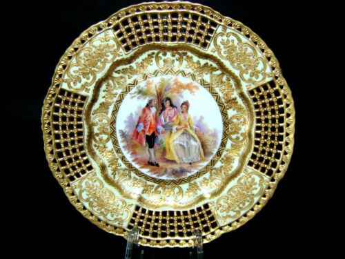 """9.5"""" ANTIQUE GERMAN DRESDEN HP PORCELAIN PLATE CHARGER COURTING SCENE 19 C RARE"""