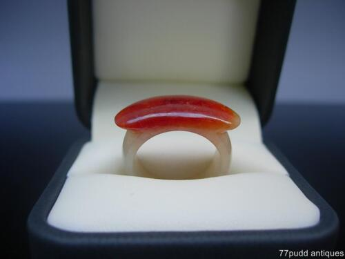 NICE ANTIQUE/VINTAGE CHINESE PALE CELADON AND RUSSET JADE SADDLE RING