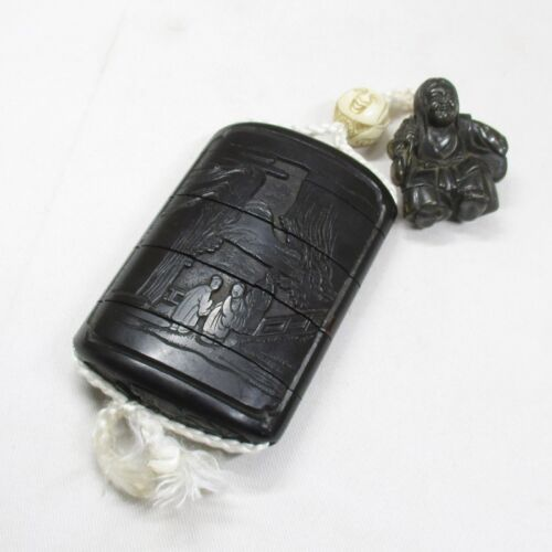 A222: REAL Japanese old lacquer ware SAMURAI pillbox INRO of popular TSUIKOKU