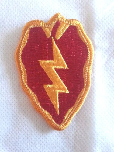 25th INFANTRY DIVISION SHOULDER INSIGNIAPatches - 36078