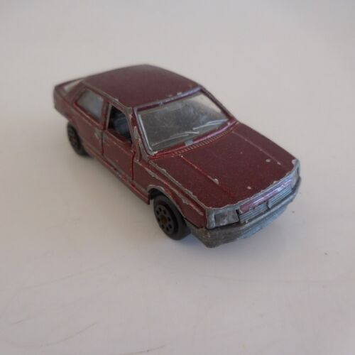 Voiture tourisme miniature car RENAULT 25 1985 MAJORETTE MADE IN FRANCE