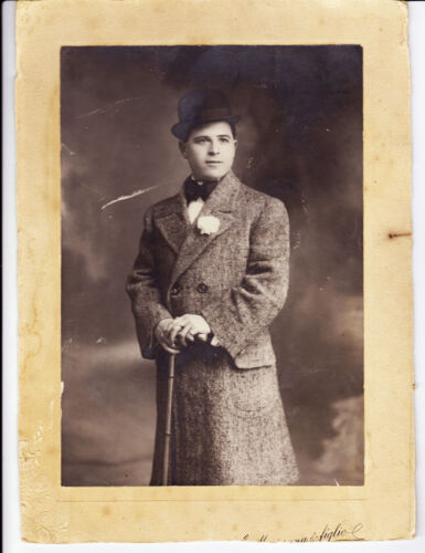 Portrait of a young gentleman with flower on the coat gelatin silver 1910c L473